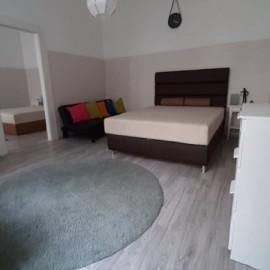 Eladó a Király utcában egy 2 szobás lakás